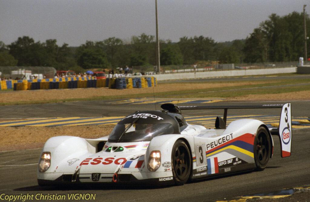 Grâce à cette 905 n°3, Peugeot s'impose de nouveau en 1993.